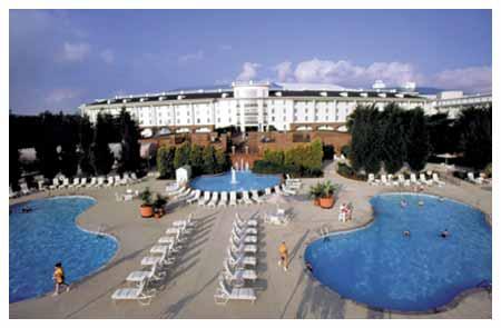 Nashville Tn Hotels Gaylord Opryland Resort Convention Center First Class Hotel